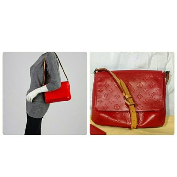 37b0e8da0900 Louis Vuitton Handbags - Auth Louis Vuitton Red Monogram Vernis Leather Bag